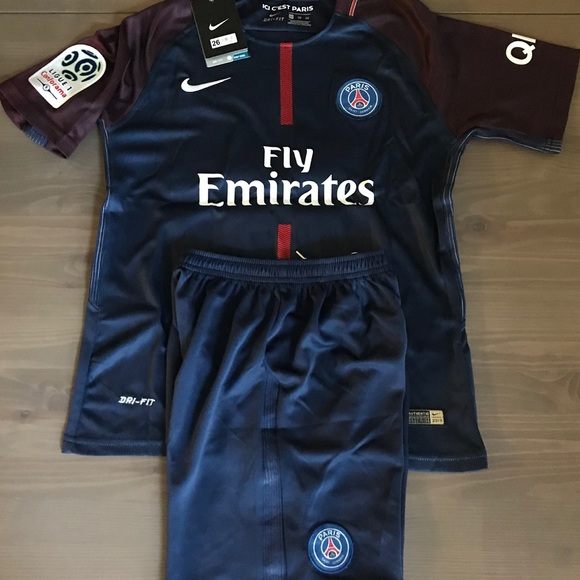 official photos 487b9 2ae76 Kids kit PSG Neymar Jr. #10 patches Nike NWT